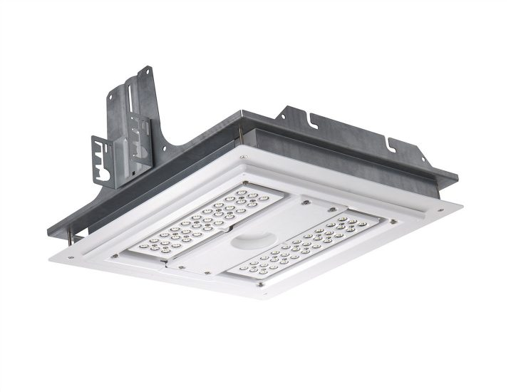 304 Series Recessed Soffit Cree Canada Commercial