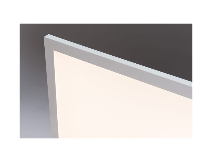 Essentia<sup>®</sup> by Cree Flat Panel